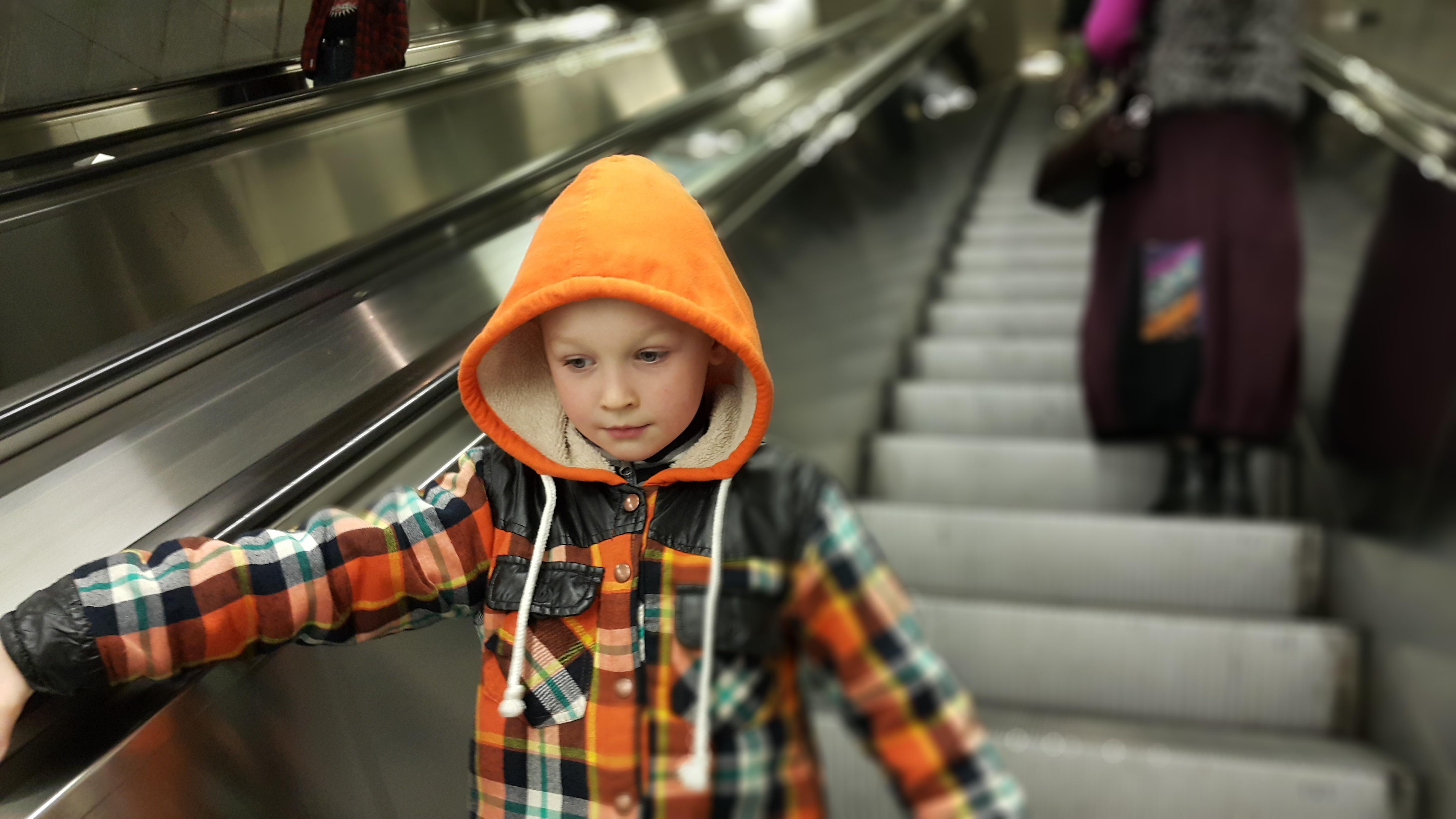 Тетя учит мальчика любви 11 фотография
